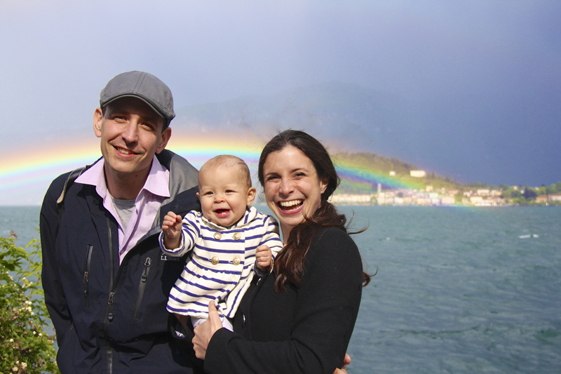 Double rainbow over Bellagio makes for a perfect family photo