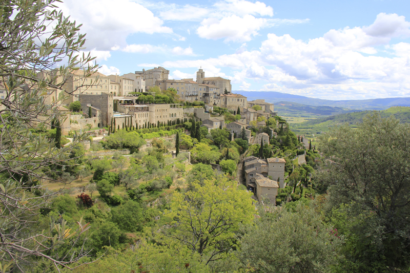Gordes is considered L'un des Plus Beaux Villages de France (One of the Most Beautiful Villages of France)