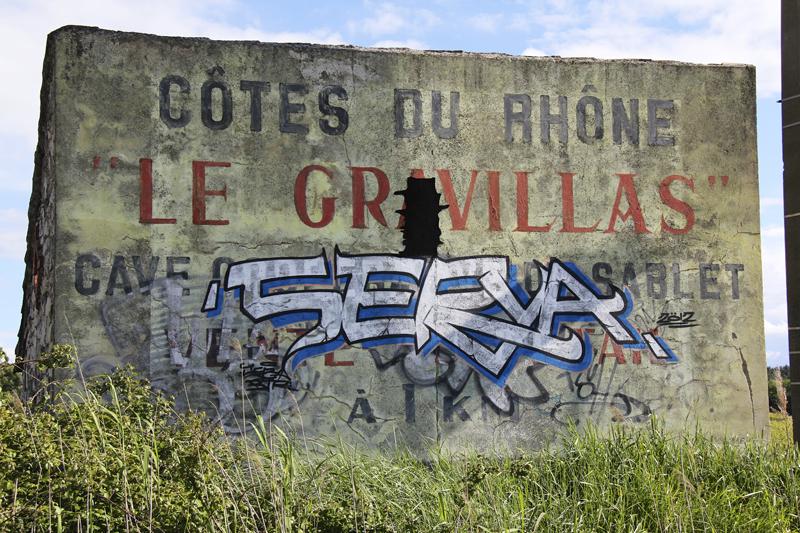 Street graffiti in Côtes du Rhône